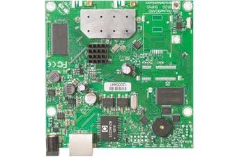MikroTik RB911G-5HPnD 802.11a/n High Power Dual Chain CPE