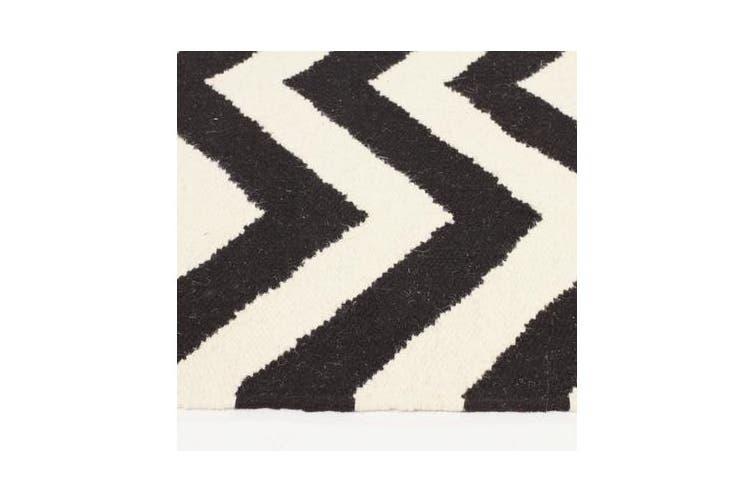 Flat Weave Chevron Design Rug Black White 225x155cm