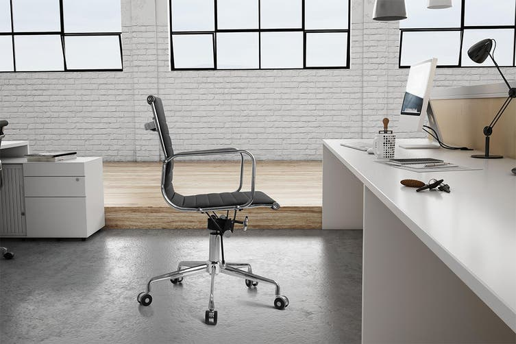Ergolux Eames Replica Low Back Ribbed Office Chair - Executive Collection (Black)