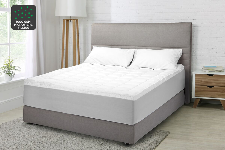 Ovela Luxury Pillow Top Mattress Topper (King)