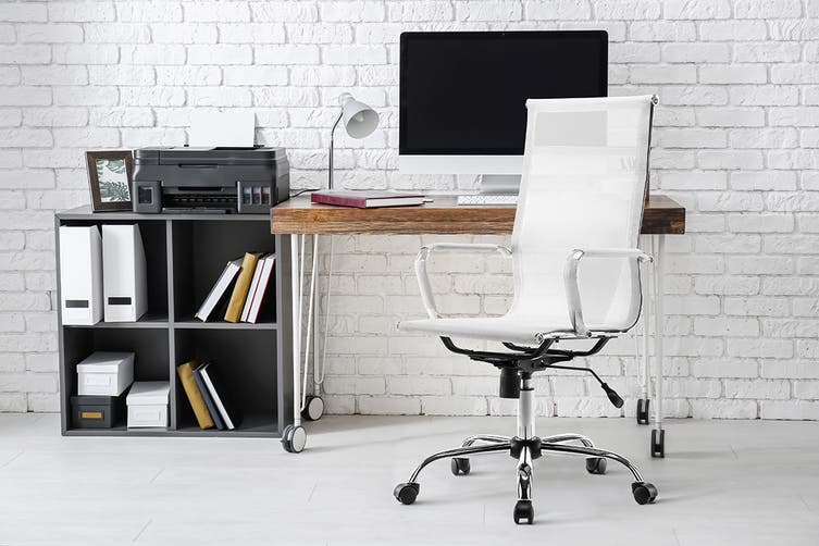 Ergolux Eames Replica High Back Mesh Office Chair (White)
