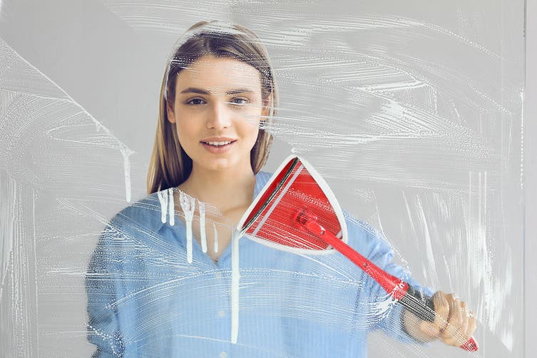 Kogan Miracle Window Cleaner