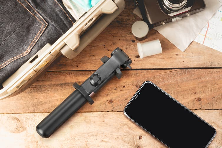 Kogan Universal Bluetooth Selfie Stick and Tripod 2 in 1