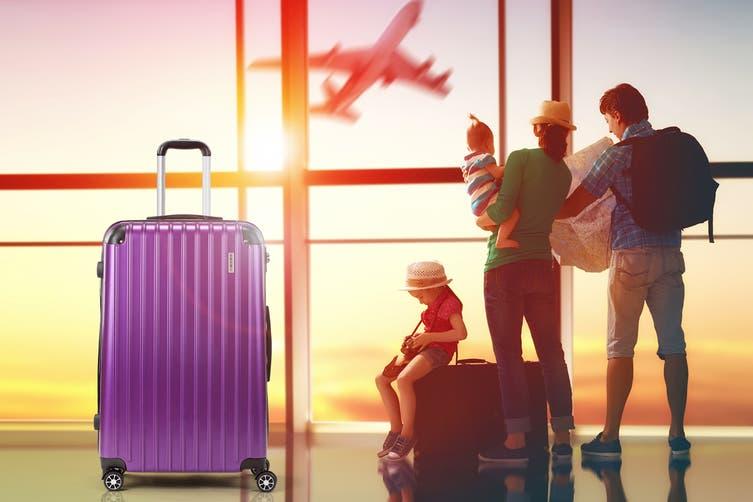 "Orbis 28"" Tahiti Spinner Luggage Case (Electric Purple)"