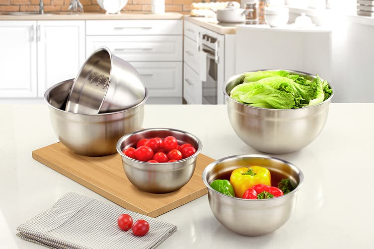 Ovela 5 Piece Stainless Steel Mixing Bowls with Airtight Lids