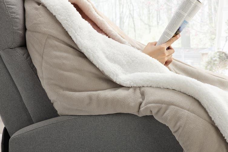 Ovela Reversible Sherpa Fleece Throw Blanket (Sand, Queen/King)
