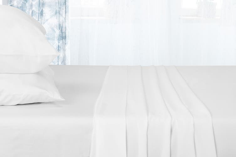 Ovela 100% Tencel™ Bed Sheet Set (Queen, White)