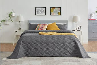 Ovela Naia Coverlet Set (King, Charcoal)