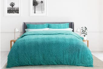 Ovela Faux Fur Chevron Quilt Cover Set (Queen, Aqua)