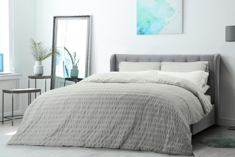 Ovela 100% Cotton Seersucker Quilt Cover Set (King, Storm Grey)