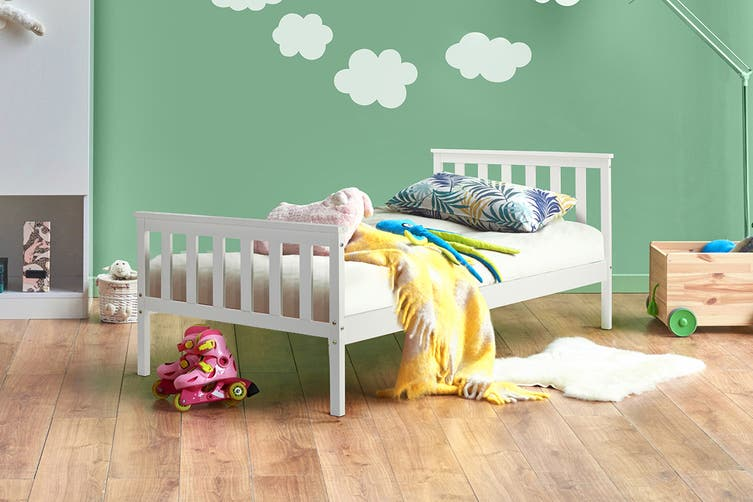 Shangri-La Kids Pine Bed (Single, White)