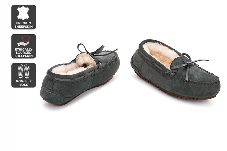 Outback Ugg Moccasins Tirari - Premium Sheepskin (Grey, Size 6M / 7W US)