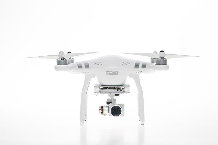 DJI Phantom 3 Advanced with Integrated 2.7k Stabilised Camera - Pre-owned