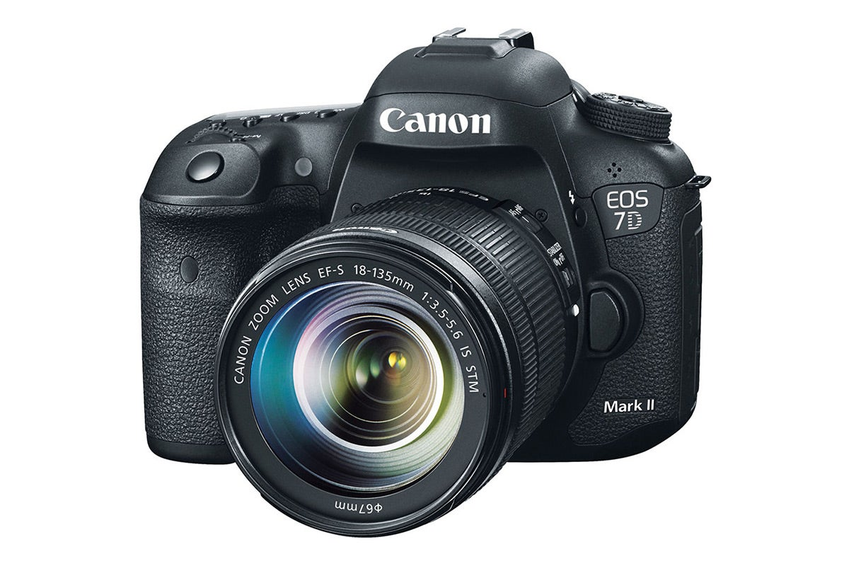 DSLR Cameras - Canon EOS 7D Mark II DSLR Camera with 18-135mm Lens Kit