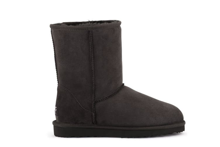 Outback Ugg Boots Short Classic - Premium Double Face Sheepskin (Chocolate, Size 6M / 7W US)