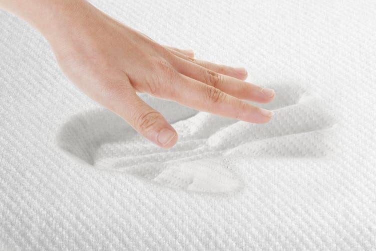 Ovela Set of 2 Cooling Gel Top Memory Foam Pillow