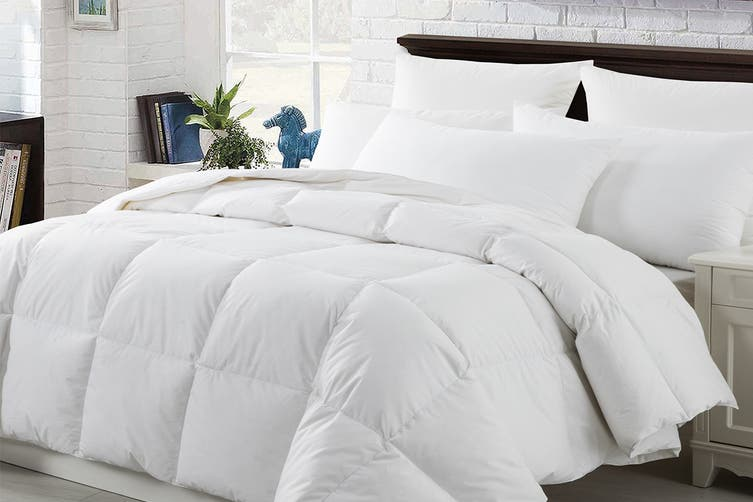 Onkaparinga Goose Down & Feather 80/20 Quilt (Queen)