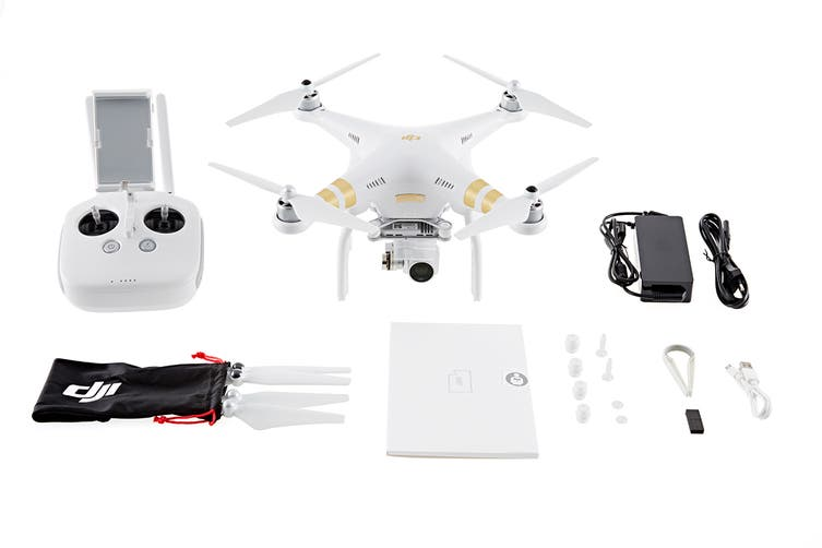 DJI Phantom 3 4K with Integrated UHD 4K Stabilised Camera - Official DJI Refurbished Drone