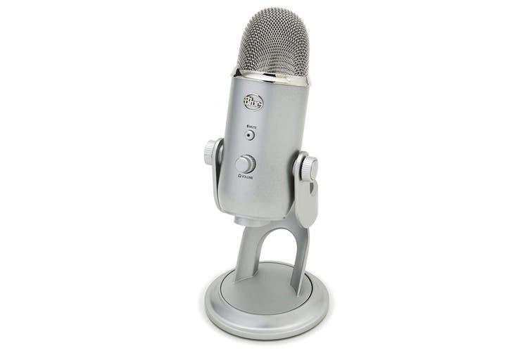 Blue Yeti 3-Capsule USB Microphone - Silver (90021655)