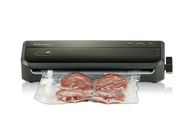 Sunbeam FoodSaver Lock & Seal Vacuum Sealer (VS4500)