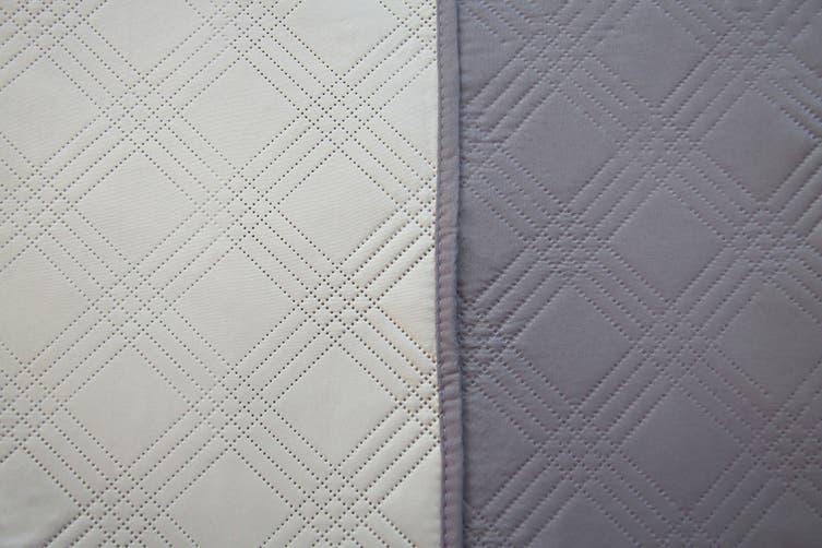 Ardor Boudoir Oxford Coverlet (Charcoal/Grey, Queen/King)
