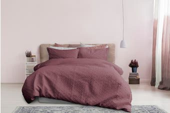 Ardor Boudoir Leonardo Embossed Quilt Cover Set - Deep Pink (Queen)