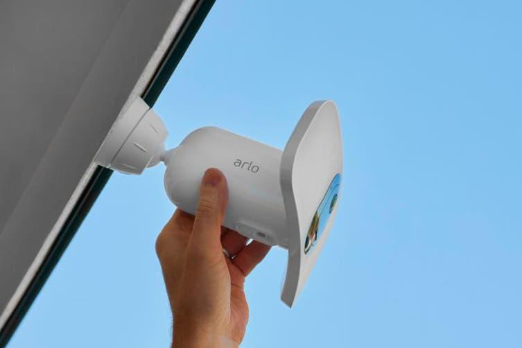 Arlo Pro 3 Floodlight Camera (FB1001-100AUS)