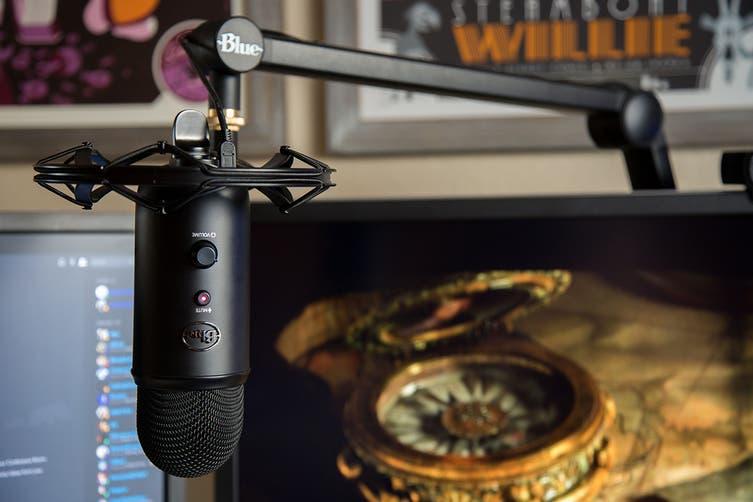 Blue Compass Boom Arm Premium Tube-Style Broadcast Black (90024130)