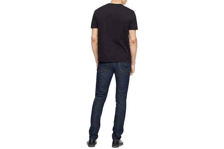 Calvin Klein Men's Textured Institutional Logo Tee (Black, Size L)