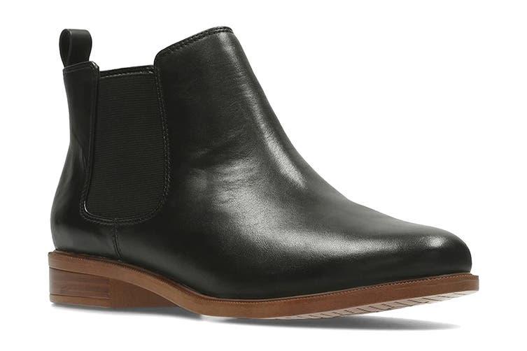 Clarks Women's Taylor Shine Shoe (Black Leather D, Size 4 UK)