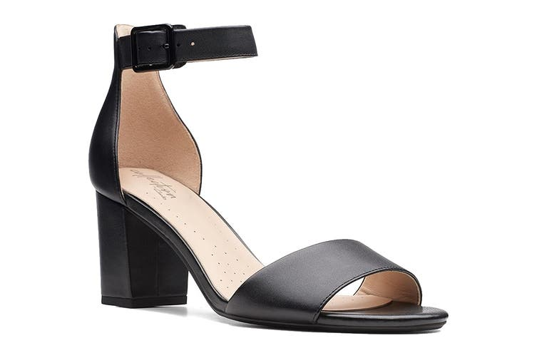 Clarks Women's Deva Mae Shoe (Black Leather D, Size 4 UK)