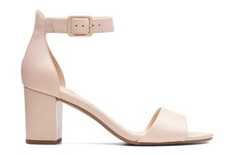 Clarks Women's Deva Mae Shoe (Nude Leather D)