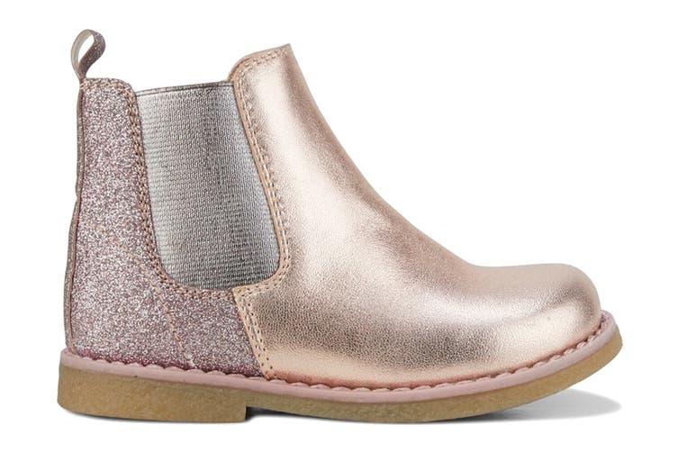 Clarks Girls' Chelsea Inf Shoe (Rose Gold Glitter E, Size 23 EU)