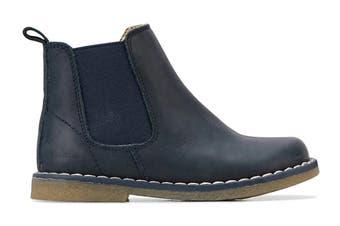 Clarks Girls' Chelsea Shoe (Navy Crazy Horse E, Size 36 EU)