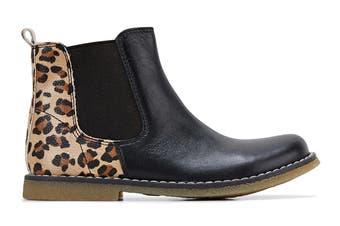 Clarks Girls' Chelsea Shoe (Black Leopard E, Size 30 EU)