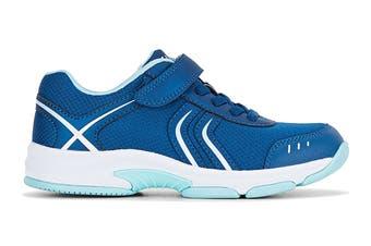 Clarks Kids Arrow Shoe (Blue Metallic E+, Size 011 UK)