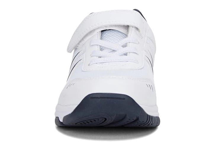 Clarks Kids Arrow Shoe (White/Navy E+, Size 013 UK)