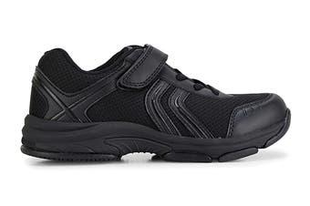Clarks Kids Arrow Shoe (Black E+, Size 011 UK)