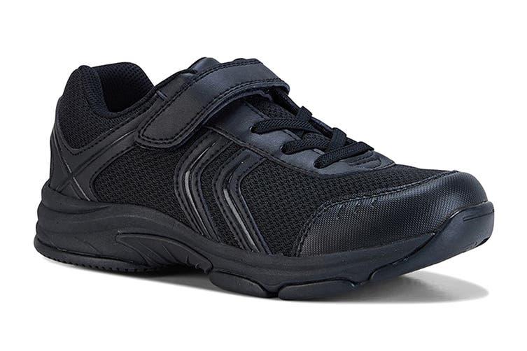 Clarks Kids Arrow Shoe (Black E+, Size 012 UK)