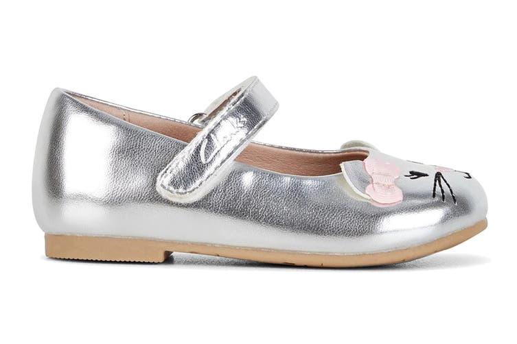 Clarks Girls' Alice Shoe (Silver/Pink Bow E, Size 23 EU)