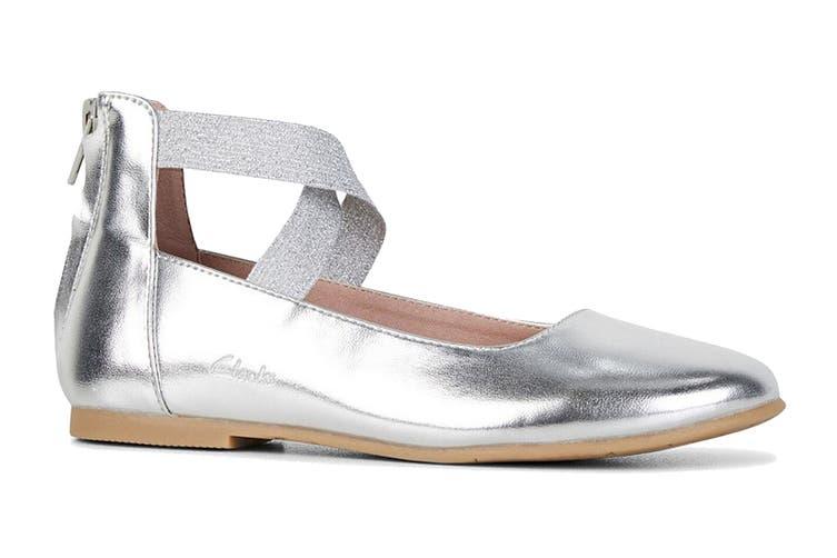 Clarks Girls' Abigail Shoe (Silver D, Size 27 EU)