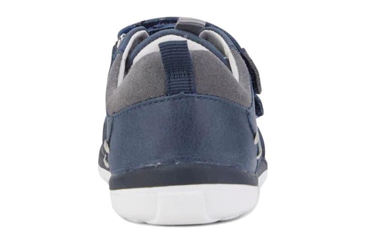 Clarks Boys' Marco Shoe (Navy/Grey E, Size 04.5 UK)