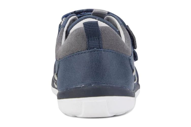 Clarks Boys' Marco Shoe (Navy/Grey E, Size 08 UK)