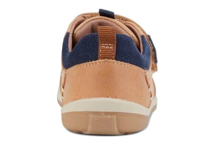 Clarks Boys' Marco Shoe (Tan/Navy D, Size 07.5 UK)