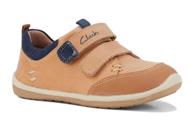 Clarks Boys' Marco Shoe (Tan/Navy D, Size 09.5 UK)