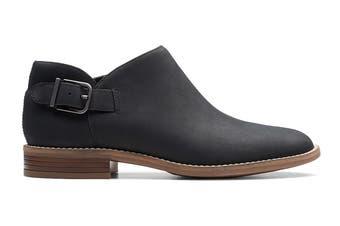 Clarks Women's Camzin Pull Shoe (Black Leather D, Size 4 UK)