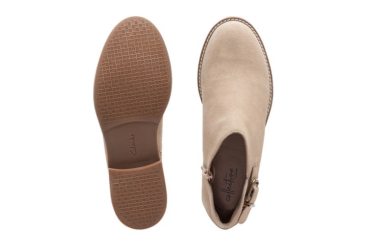 Clarks Women's Camzin Pull Shoe (Sand Suede D, Size 3 UK)