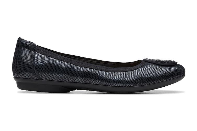 Clarks Women's Gracelin Lola Shoe (Black Interest Leather D, Size 7 UK)