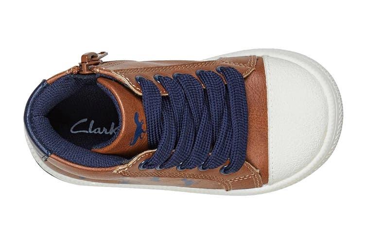 Clarks Boys' Bertie Shoe (Tan/Navy E, Size 25 EU)