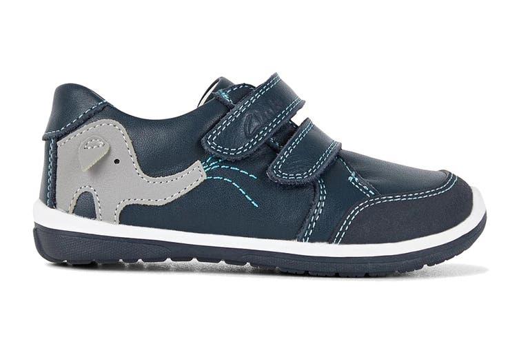 Clarks Boys' Manny Shoe (Navy/Blue/Grey E, Size 05 UK)